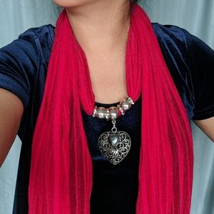 Necklace scarf: big filigree heart pendant